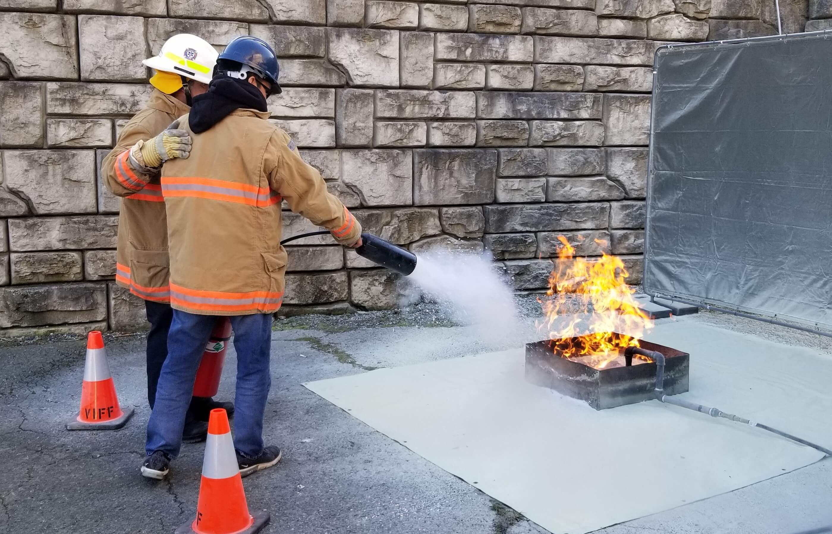 Fire Extinguisher Training in Nanaimo with VI Fire Forensics